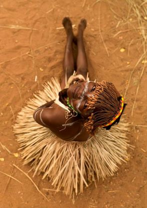 The free fibrous skirt out of Africa